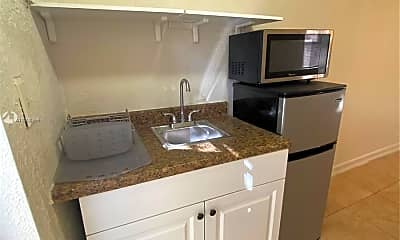 Kitchen, 1060 NW 47th St 00, 1