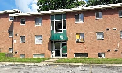 Parkway Terrace Apartments, 2