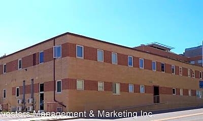 Building, 401 S. Main Street, 1