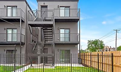 Building, 6450 S Ellis Ave 3, 2