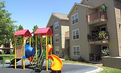 Danbury Park Apartments, 2