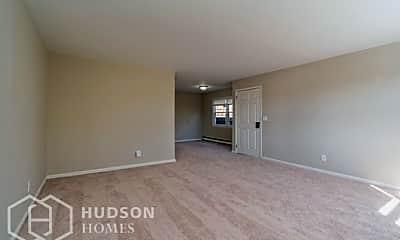 Living Room, 130 Judy Dr, 1