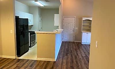 Kitchen, 531 McKenna Cir, 1
