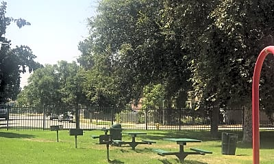 Breezewood Park, 2