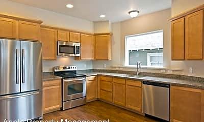 Kitchen, 556 1/2 Prospect St, 1