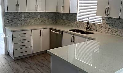 Kitchen, 21845 Goulds Ave 2, 2
