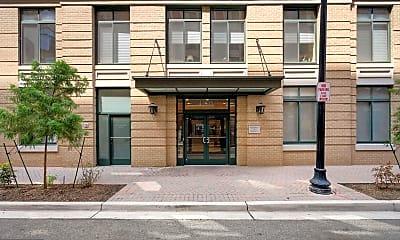 Building, 1205 N Garfield St 410, 1