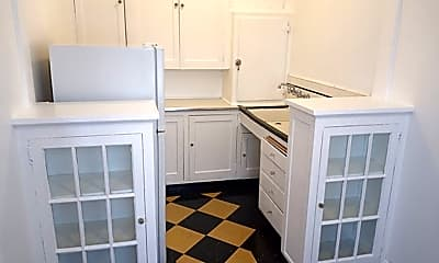 Kitchen, 904 NW 21st, #205, 1