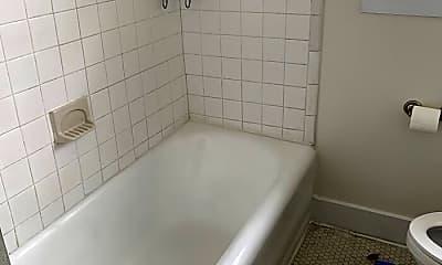 Bathroom, 1436 11th Pl S, 1