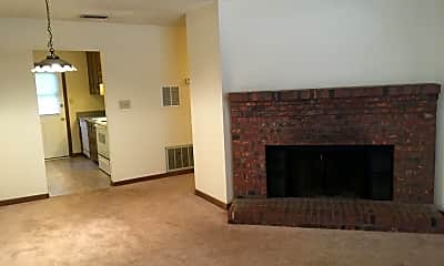 Living Room, 125 Windy Hill Ct, 1