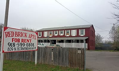 Community Signage, 809 N Birmingham Pl, 2
