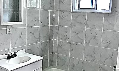 Bathroom, 140 Bush St, 1