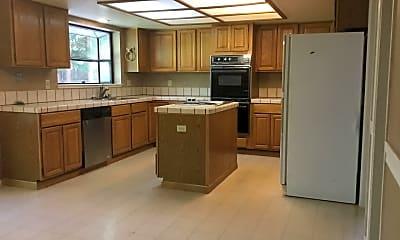 Kitchen, 1606 Ashbury Ln, 1