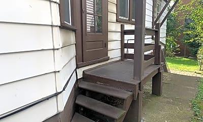 Patio / Deck, 555 Glenwood Ave, 2