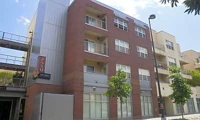 Building, 2550 Washington St. #213, 1