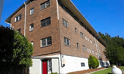 Building, 142 Charlotte Anne Ln, 1