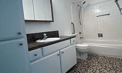 Bathroom, 3030 NE 10th St, 2