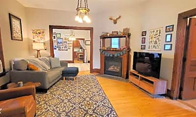 Living Room, 2748 Dupont Ave S, 1