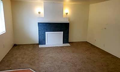 Living Room, 477 Lone Oak Ave, 0