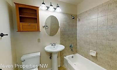 Bathroom, 14045 Greenwood Ave N, 2