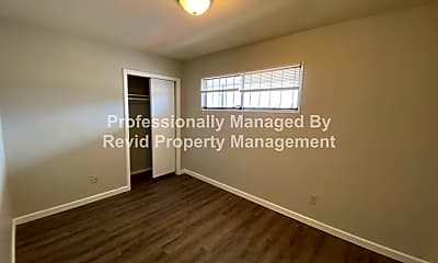 Bedroom, 1042 Merriwether Ave, 2