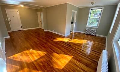 Living Room, 71 Virginia Rd 20F, 0