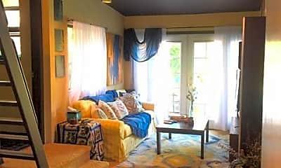 Living Room, 19221 Linnet St, 0