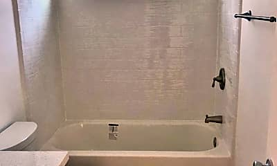 Bathroom, 1610 Armacost Ave, 2