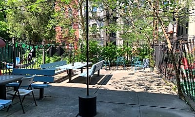 Patio / Deck, 503 Park Pl 1, 2