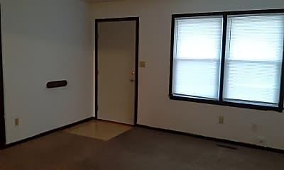 Bedroom, 916 N Eagle Ave, 1
