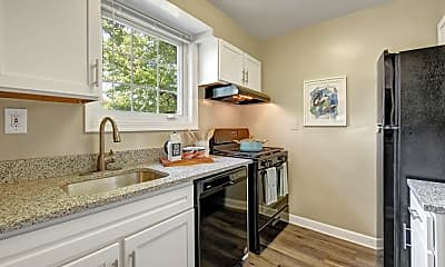 Kitchen, Braddock Lee Apartments, 1