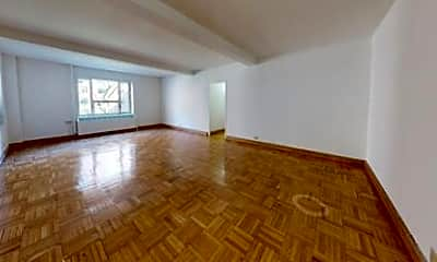 Living Room, 531 E 20th St, 1