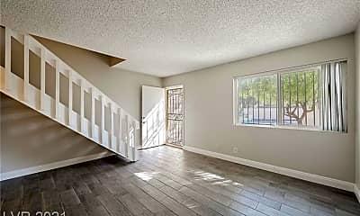 Living Room, 4770 S Topaz St 29, 1