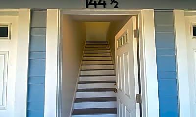 142 Douglas St, 1