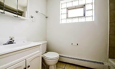 Bathroom, 8231 S. Ellis Avenue, 2