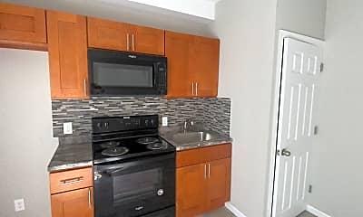 Kitchen, 5130 N 11th St, 1