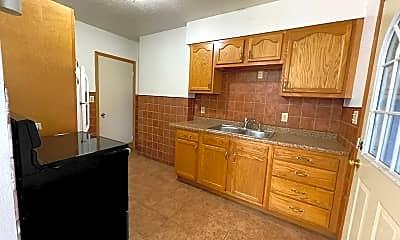 Kitchen, 1112 Byron Ave, 0