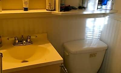 Bathroom, 75 Francis Street, 1