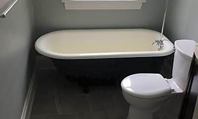 Bathroom, 2215 W 14th St, 2