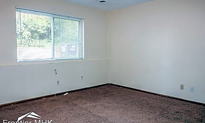 Bedroom, 2104 Elm Ln, 1