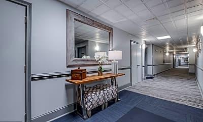 Living Room, 500 Admirals Way 403, 2