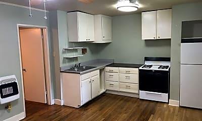 Kitchen, 728 Oakwood St, 1