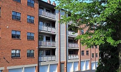Building, Montgomery Plaza, 2