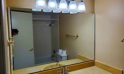 Bathroom, 3008 Richwood Cir, 2