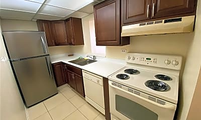 Kitchen, 1720 NW N River Dr 413, 1
