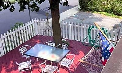 Patio / Deck, 4 Garden St, 2