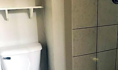 Bathroom, 1617 3rd Ave S, 2