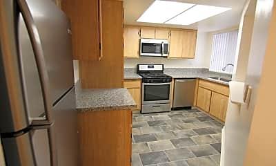 Kitchen, 4633 Vermont Pl, 0