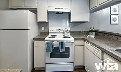 Kitchen, 7117 Wood Hollow Dr, 1