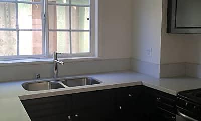 Kitchen, 5831 Virginia Ave, 1